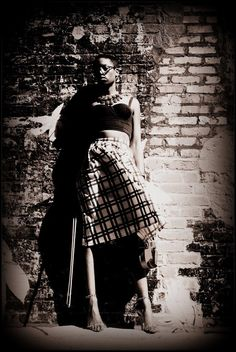 Vintage Classic From The Concrete Jungle #class #vintage #blackandwhite #photography #fashion #versona #five13studio #violin #womens #stylist #style #patternmixing #croptop #polkadots #justfab #checkers #plaid #dots #stripes