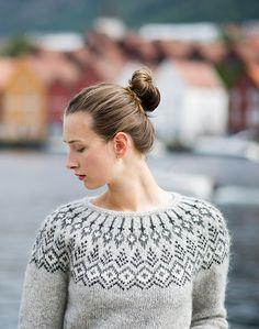 Knitting Patterns Sweter Ravelry: Treelight pattern by Jennifer Steingass Sweater Knitting Patterns, Knitting Charts, Knit Patterns, Hand Knitting, Crochet Bobble, Crochet Dishcloths, Icelandic Sweaters, Fair Isle Pattern, Fair Isle Knitting