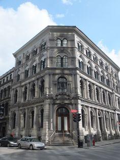 Dieu et Mon Droit: The British Empire Building; Old / Vieux Montreal | Flickr - Photo Sharing!