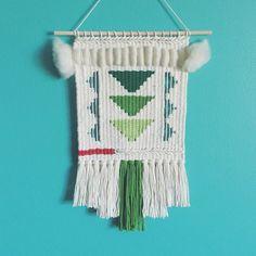 Hand-woven tapestries by Melissa Washin #weaving #roving #rya