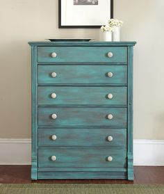 "How To: Create a ""Vintage"" Look using Chalk Paint from familycircle.com #howto"