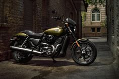 The 2020 Harley-Davidson Street motorcycles. Built to shred city streets. Sleek and nimble, with an authentic urban attitude. Harley Davidson Street 500, Classic Harley Davidson, Harley Davidson Street Glide, Harley Davidson Motorcycles, Custom Baggers, Custom Choppers, Custom Bikes, Custom Cycles, Bobbers