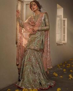 Pakistani Formal Dresses, Pakistani Wedding Outfits, Pakistani Wedding Dresses, Pakistani Dress Design, Bridal Outfits, Pakistani Gharara, Bridal Mehndi Dresses, Sharara Designs, Nikkah Dress