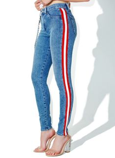 SIWY Denim Mattie High Waist Tuxedo Skinny Jeans cuz these are considered fancy, right bb? Play dress up in these jeans that feature a skinny curve-huggin' fit, medium blue wash, classikk design, and red and white stripes goin' down the sides. Diy Jeans, Descolorindo Jeans, Skinny Jeans, Skinny Waist, Pop Fashion, Denim Fashion, Lolita Fashion, Skinny Curves, Jeans Recycling