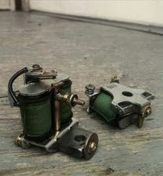 So, if any of you didn't know, here's some tattoo history. Standard coil tattoo machines are essentially electromagents; two copper wire wound cores create the electromagnet when voltage is sent. Coil Tattoo Machine, Rotary Tattoo Machine, Tattoo Apprenticeship, Tattoo Drawings, Tattoos, Sick Tattoo, Tattoo Equipment, Tattoo Supplies, Machine Tools