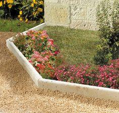 Choisir entre les nombreuses bordure de jardin pour faire un unique et bien ranger design d'extérieur; trouvez des idée de jardin jolie et bien entretené
