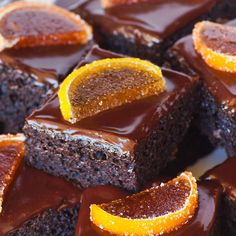Easy and delicious chocolate orange sheet cake with rich chocolate ganache topping! The rich chocolate cake is dotted with orange marmalade! Chocolate Desserts, Chocolate Cake, Delicious Chocolate, Orange Marmalade Recipe, Brownies, Orange Dessert, Muffins, Ganache Recipe, Cake Bars