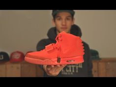 Nike Air Yeezy 2 Red October (Unboxing) - http://maxblog.com/2111/nike-air-yeezy-2-red-october-unboxing/