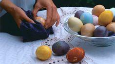 Farbanje i šaranje vaskršnjih jaja - tehnike i ideje