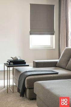 Moderne woonkamer inrichting met luxe hoekbank | woonkamer ideeën ...