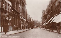 1920s Richmond, Surrey George St.. animated RP unused fine shop,bus detail Richmond Surrey, Richmond London, Richmond Upon Thames, Old London, London Photos, Local History, Old Photos, Worlds Largest, 1920s