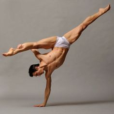Male dancer inverted strong