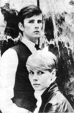 Stuart Sutcliffe w/ his girlfriend Astrid Kirchherr Great Bands, Cool Bands, 5th Beatle, Stuart Sutcliffe, Beatles One, Love Me Do, Idole, The Fab Four, British Invasion