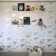 A huge thank you to Amy Wright for letting us share with you this beautiful image of her son's newly decorated bedroom. The dinosaur characters in the 'D'ya-think-e-saurus' white & silver wallpaper have been smartly teamed with amusing soft toys & books. We've got a rather large dose of room envy this end ... if you do too you can order the wallpaper here: http://www.paperboywallpaper.co.uk/…/dya-think-e-saur…/white Victoria x