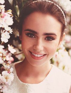 lily collins and her AHmazing makeup