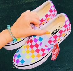 Shop new-season looks from the latest range of men's, women's and kids' shoes, clothes and backpacks at Vans. Vans Sneakers, Sneakers Mode, Sneakers Fashion, Custom Vans Shoes, Cute Vans, Aesthetic Shoes, Hype Shoes, Fresh Shoes, Painted Shoes