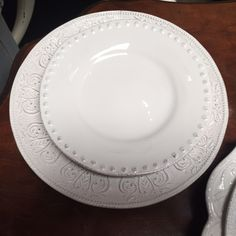 Miss match white plates