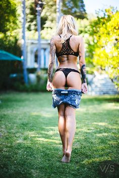 adults only, if your not 18 or older please move on Im a male who loves sexy women Sexy Tattoos, Girl Tattoos, Tattoo Girls, Tattoo Women, Black Suits, Black Men, Vans Style, Female Poses, Heels