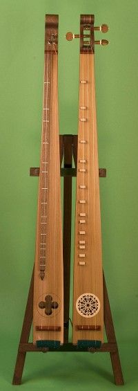 The Praetorius Scheitholt is a medieval musical instrument of the mountain zither family. An early illustration of this instrument was in Michael Praetorius' - melhores lojas online de Instrumentos Musicais. INSTRUMENTS FOR JOY. Indian Musical Instruments, Homemade Musical Instruments, Music Instruments, Mountain Dulcimer, Medieval Music, Best Guitar Players, Folk Music, Music Stuff, Inspiration
