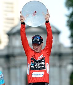 La Vuelta 2013 great victory for Chris Horner USA team RadioShack Nissan