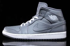 a846f1bff8f66f Air Jordan 1 Cool Grey Detailed Pictures
