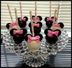 Mickey and Minnie Mouse Cake Pops for a Birthday Party