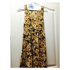 Sunflower dress Sunflower dress with a racer back. Not Brandy just under Brandy for views! Accepting offers:) Brandy Melville Dresses