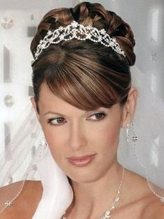 bridal updo hair piece. so pretty!!