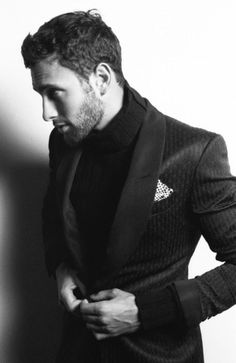 Dinner jacket + polo neck sweater