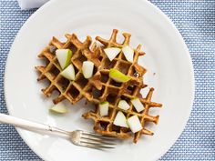 One Bowl Oatmeal Applesauce Waffles | (Cooking for) Kiwi & Bean