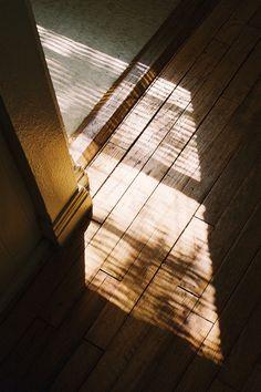 Light patterns / vacants: photo by Sofia Retta