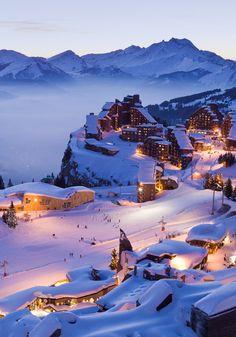 """AMAZING PLACES -         Great ski resort, no car allowed... """"Grande station de sports d'hiver - AVORIAZ, Haute-Savoie, Rhône-Alpes, (France)...""""."""