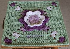 [Free Pattern] Gorgeous Granny Square That Reminds You Of Summer - Knit And Crochet Daily