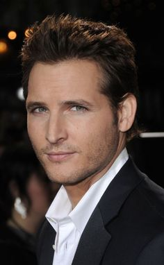 Peter Facinelli.. just had the thought that he could play christian grey AGREE!