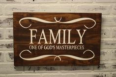 Wooden Family sign, One of Gods Masterpeices wooden sign. Pallet Crafts, Pallet Art, Pallet Signs, Wood Crafts, Diy Crafts, Vinyl Projects, Craft Projects, Projects To Try, Craft Ideas