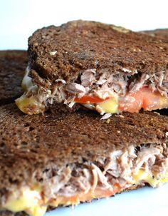 Hamburger Hotdogs, Sandwiches, Bruchetta, Pureed Food Recipes, Snacks, Fish Dishes, Fajitas, High Tea, Good Food