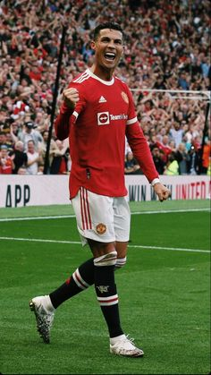 Messi Vs Ronaldo, Ronaldo Football, Cristiano Ronaldo Cr7, Manchester United Legends, Manchester United Football, Cristiano Ronaldo Hd Wallpapers, Man Utd Fc, World Football, Football Players