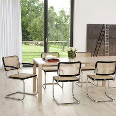 Cadeiras S32 e S64 criadas por Marcel Breuer em 1930 e editadas até hoje pela Thonet. Estão presentes no nosso catálogo. #thonet #marcelbreuer #tubularsteelchairs #berlim #bauhaus #cadeiras #classics #furniture #design #casa #decoração #lisbonne #lisbon #lisboa #interiors #projetos  #projects #quartosala