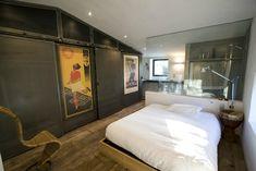 La habitación principal Loft, Interior Design, Space, Bedroom, House, Furniture, Home Decor, Advertising, Rustic Style