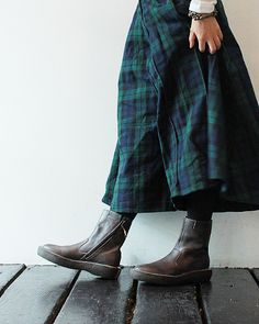 tartan plaid with boots Girl Fashion, Fashion Outfits, Womens Fashion, Mori Girl, Plaid Skirts, Tartan Plaid, Look Cool, Her Style, Tweed