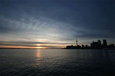 Toronto, Lake Ontario at sunset Weather Gif, Creativity Inc, It's All About Perspective, Great Lakes, Nature Photos, Mother Nature, Toronto, Serenity, Explore