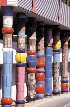 Hundertwasser, maison, Vienne, Autriche.Nothing symmetrical in Hundertwassers architecture