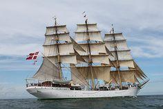 """Danidh full-rigged ship """"København"""""""