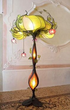 Flower lamp. I WANT I WANT I WANT! LampaDani