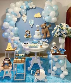 34 Creative Baby Shower Themes For Your Baby 2020 - Page 13 of 34 - coloredbikinis. Baby Shower Decorations For Boys, Boy Baby Shower Themes, Baby Shower Balloons, Baby Shower Centerpieces, Baby Shower Parties, Baby Boy Shower, Table Decorations, Deco Baby Shower, Fiesta Baby Shower
