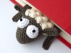 Amigurumi Sheep Bookmark - Allcrochetpatterns.net