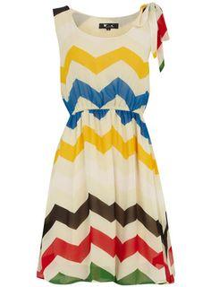 mignonne robe d'été