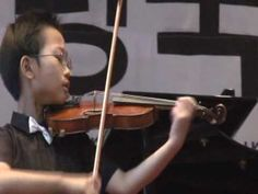 he played when he was 10 years old  (Mozart Concerto No.3)