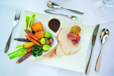 Traditional Christmas Dinner in the refurbished Bay view Restaurant. Christmas Roast Turkey, Traditional Christmas Dinner, Cornwall Hotels, Luxury Food, Roasted Turkey, Fine Dining, Food And Drink, Restaurant, Meals