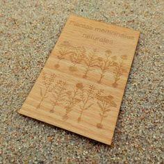 Tarjeta de visita madera plantas medicinales